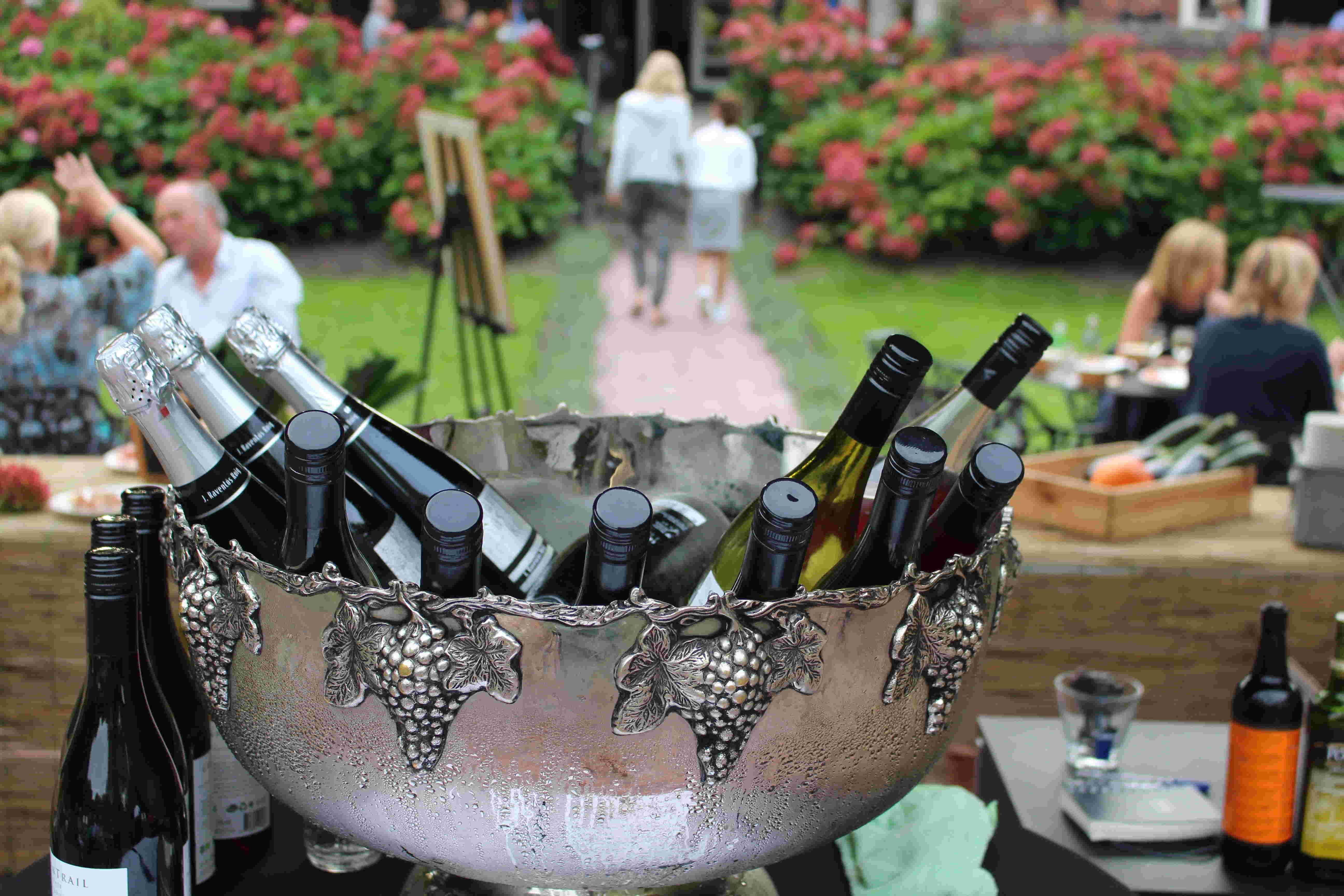 Wijnkoeler zonneterras Huize Koningsbosch